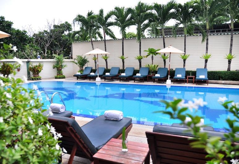 JP Villa Hotel, Pattaya, Pool