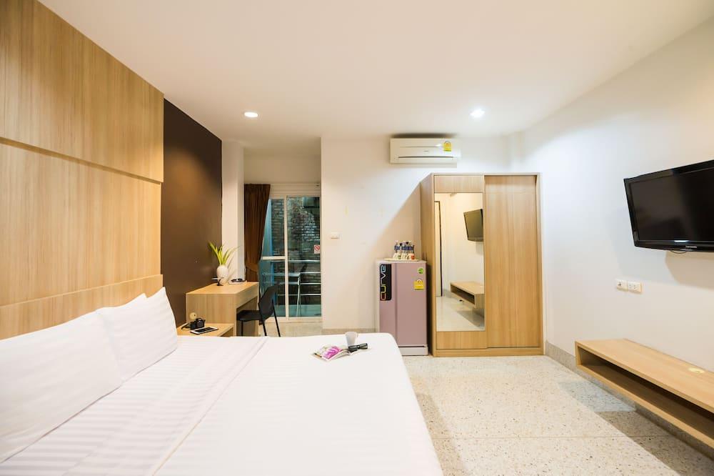 Standard Triple Room (No Window) - חדר אורחים