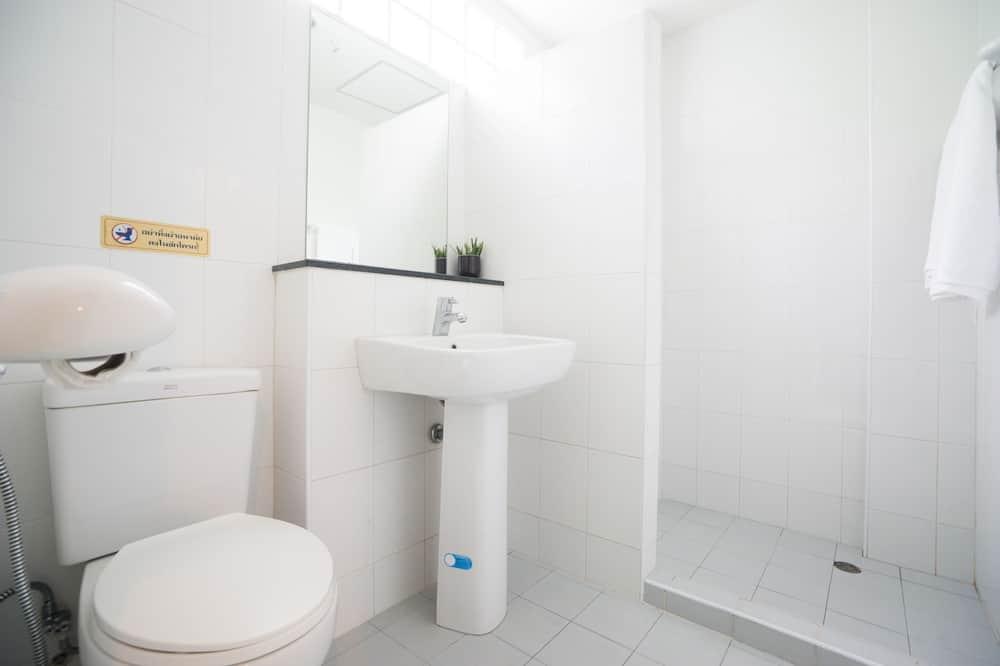 חדר דה-לוקס לשלושה - חדר רחצה