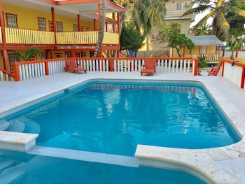 Choose This Beach Hotel in Caye Caulker -  - Online Room Reservations
