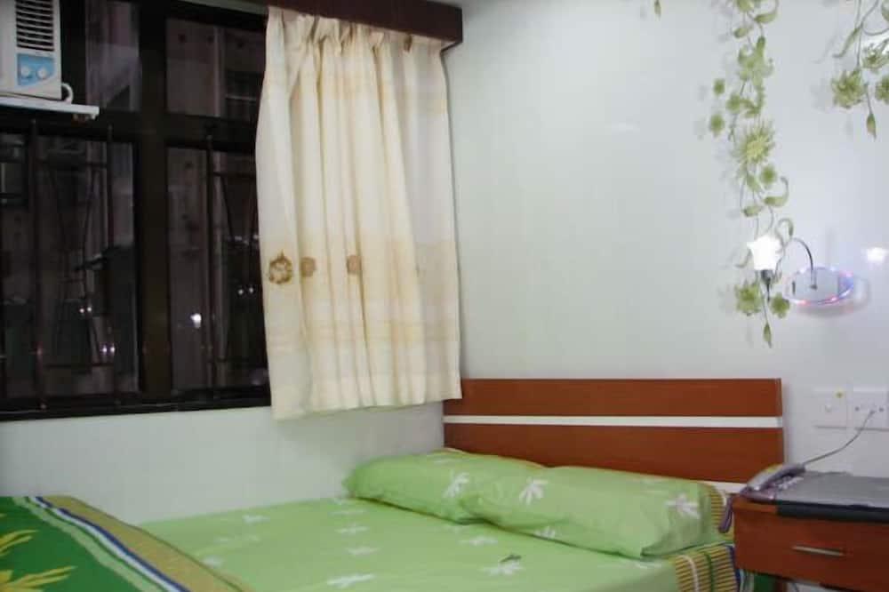 Улучшенный двухместный номер с 1 двуспальной кроватью - Главное изображение
