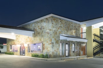 Fotografia hotela (Super 8 by Wyndham San Antonio Near Fort Sam Houston) v meste San Antonio
