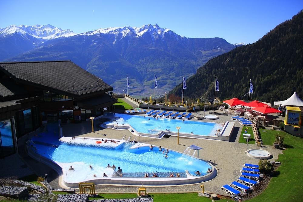 Les bains d 39 ovronnaz leytron for Bain les bains hotel