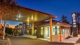 Reserve this hotel in Ipswich, Queensland