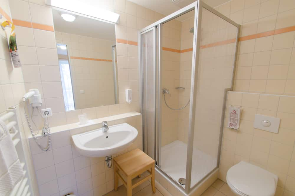 Rodinný pokoj (2+1) - Koupelna