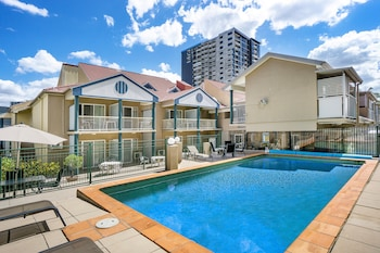 Picture of Toowong Inn & Suites in Toowong