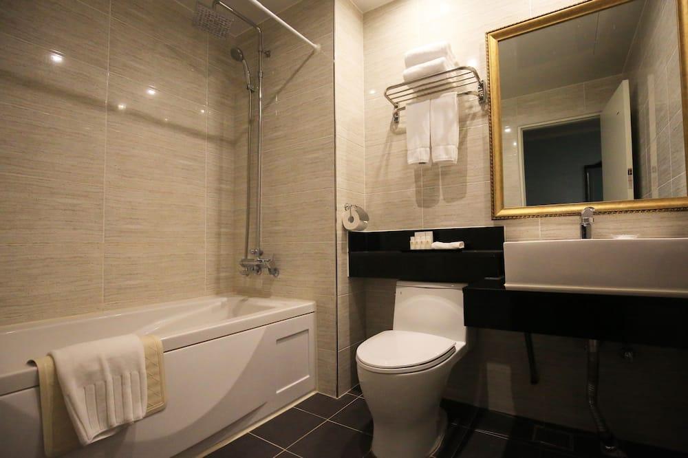 家庭客房, 浴缸, 海景 (Deluxe) - 浴室