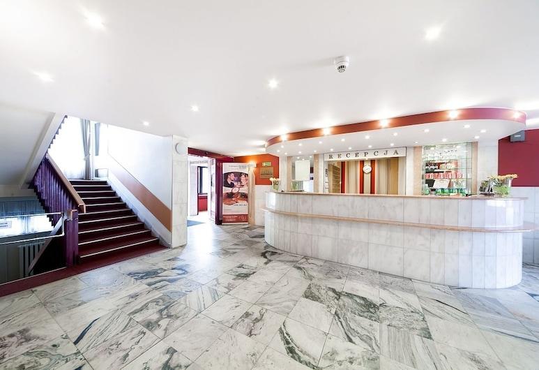 佐维耶茨基酒店, 罗兹, 前台