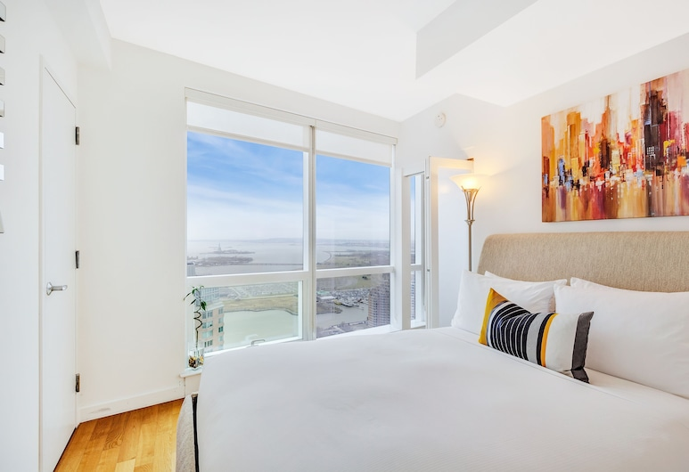Dharma Home Suites JC at Paulus Hook, Jersey City, Apartment, 1 Bedroom, City View, Room