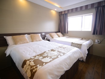 Picture of Kong Hing Guest House in Kowloon
