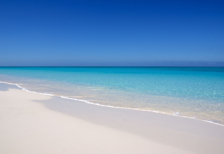 Tranquillity on the Bay Resort, Major's Cay, Strand