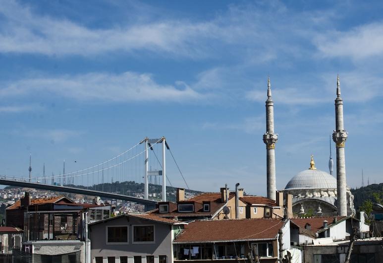 Corner Hot, Estambul