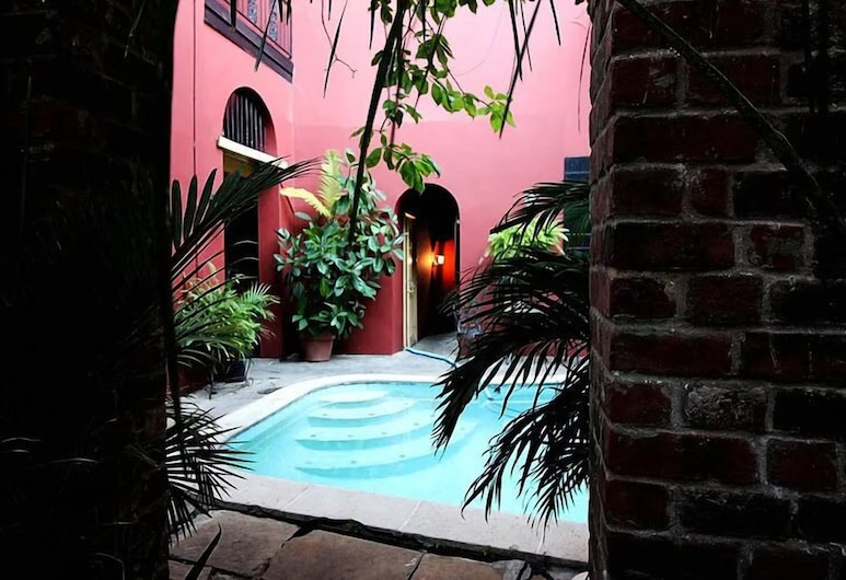 The Olivier House Hotel, New Orleans, Bazén