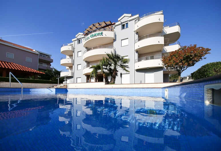 Villa Gravić, Zadar