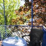 Standardní pokoj s dvojlůžkem nebo dvěma jednolůžky - Výhled z balkonu