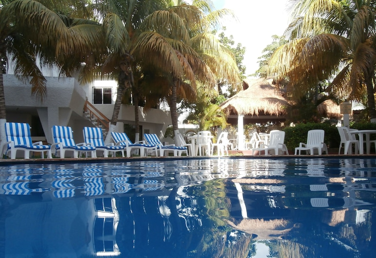 Caribe Internacional, Cancún, Piscina al aire libre