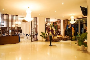 Picture of White House Hotel in Da Nang