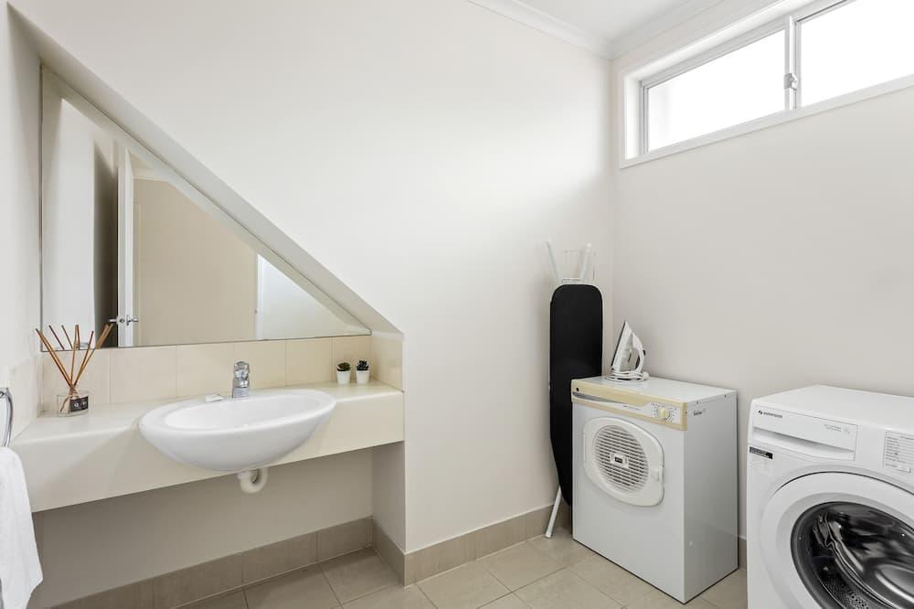 One Bedroom Apartment - Bathroom
