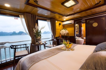 Picture of Aphrodite Cruises in Halong