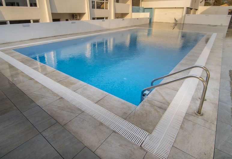 New Brookfields Hotel, Freetown, Outdoor Pool
