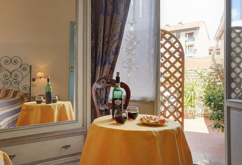 Soggiorno Sogna Firenze, פירנצה, חדר לשלושה, חדר אורחים