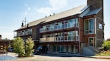 Reserve this hotel in Courtenay, British Columbia