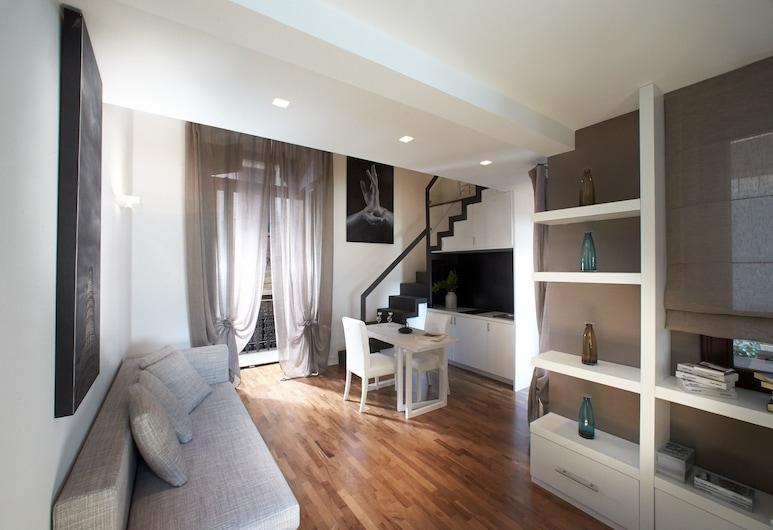 Ferrini Home - Via Monte Sant'Agata, Catania, Appartamento, terrazzo, Area soggiorno