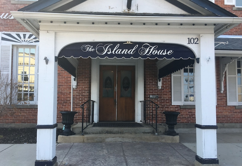 The Island House Hotel, Port Clinton, Fasada hotelu