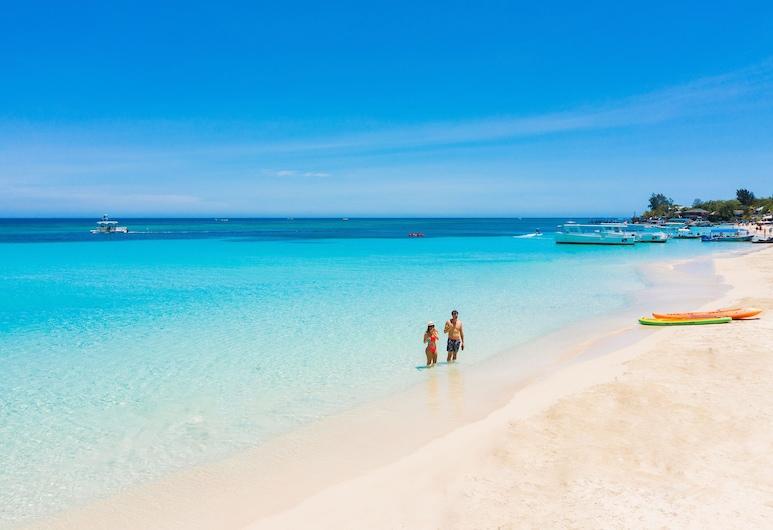 Mayan Princess Beach & Dive Resort - All Inclusive, Roatan, Beach