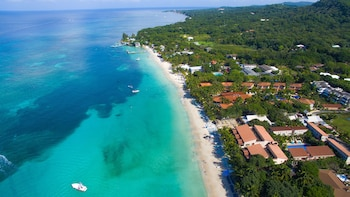 A(z) Mayan Princess Beach & Dive Resort - All Inclusive hotel fényképe itt: Roatan