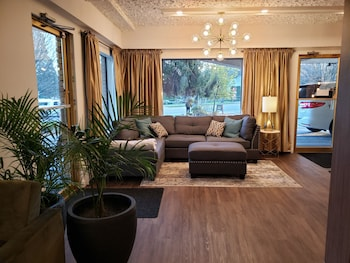Obrázek hotelu Robin Hood Inn & Suites ve městě Victoria