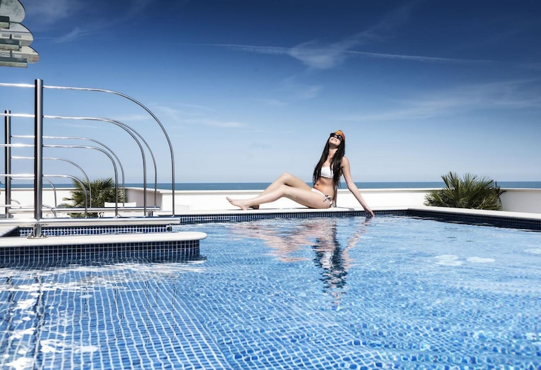 Erbavoglio Hotel, Rimini, Pool på tagterrassen