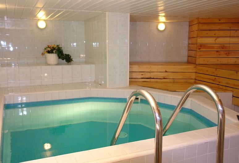 Hotel Dorell, Tallinn, Innendørs spabad