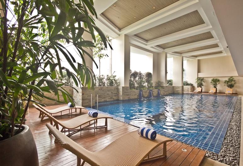 KL Serviced Residences, Makati, Hồ bơi trong nhà