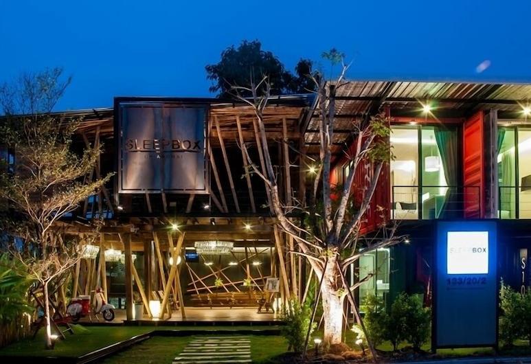 Sleepbox Chiangmai Hotel, צ'יאנג מאי, חזית המלון