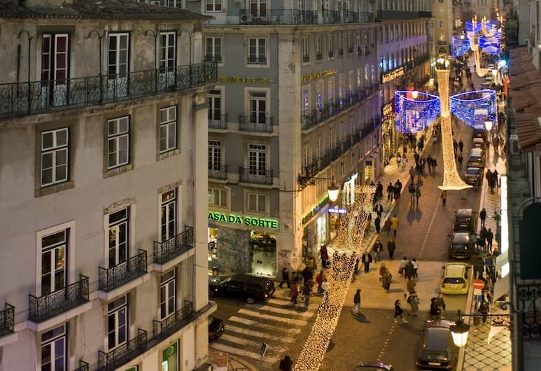 Chiado Apartments, Lisbona, Vista dalla struttura