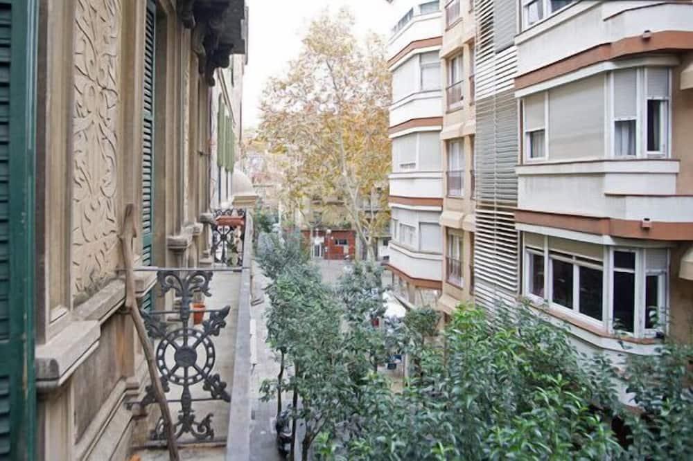 Departamento, 2 habitaciones, balcón (Calle Asturies 87) - Balcón