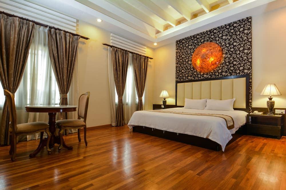 Premier-Zimmer, 1King-Bett, Nichtraucher, Badewanne - Zimmer