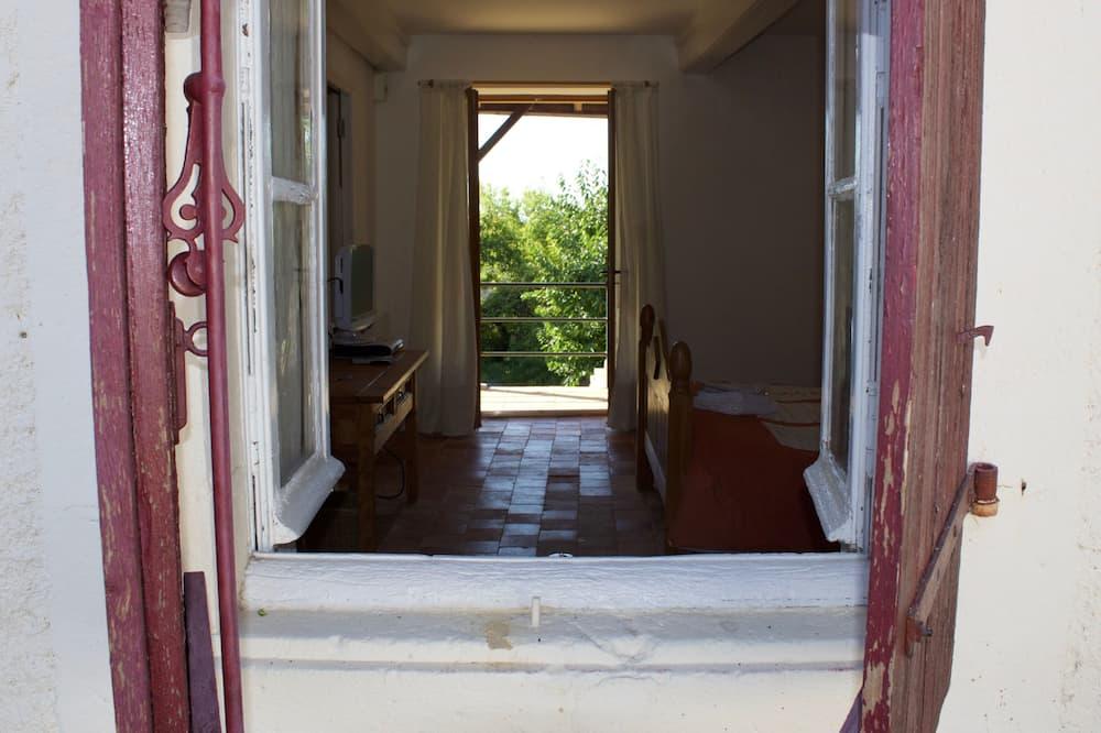 Camera doppia, bagno in camera, vista giardino - Camera