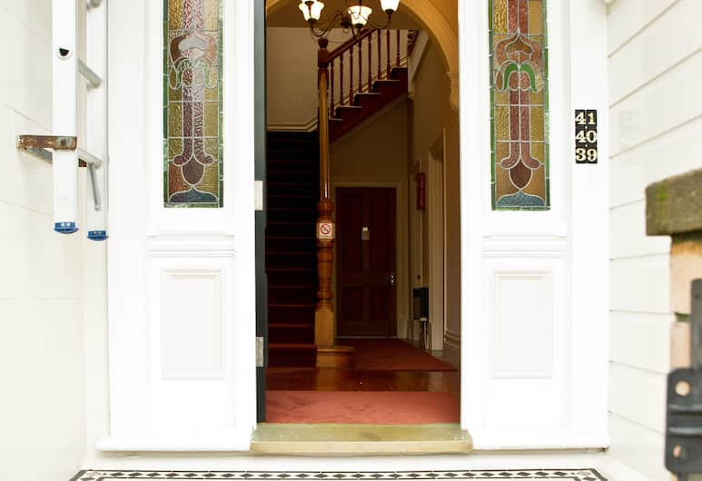 Apollo Lodge Motel, Wellington, Hotel Entrance