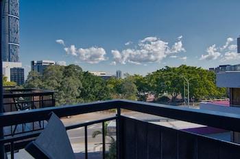 Brisbane bölgesindeki Soho Brisbane resmi