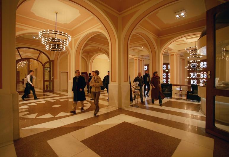 Kasino Hotel, Leverkusen, Lobby