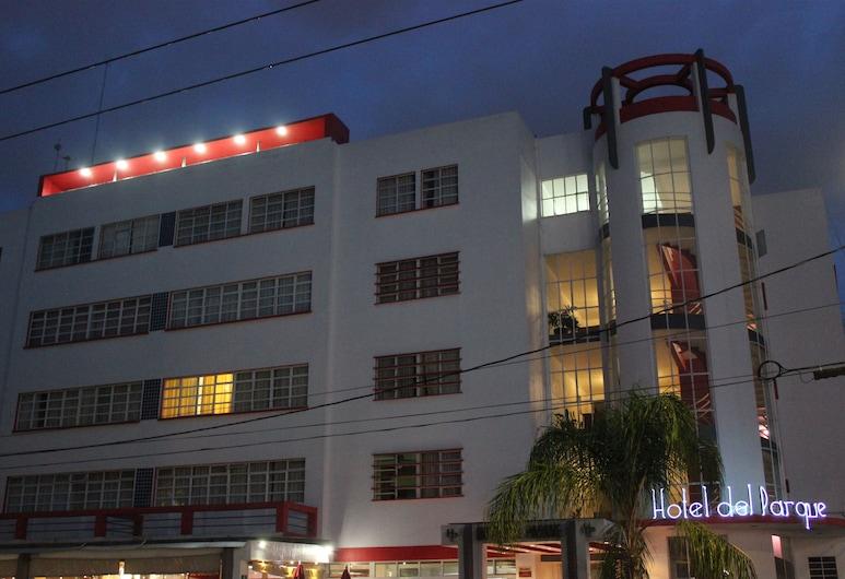 Hotel del Parque, Guadalajara, Hotel Front