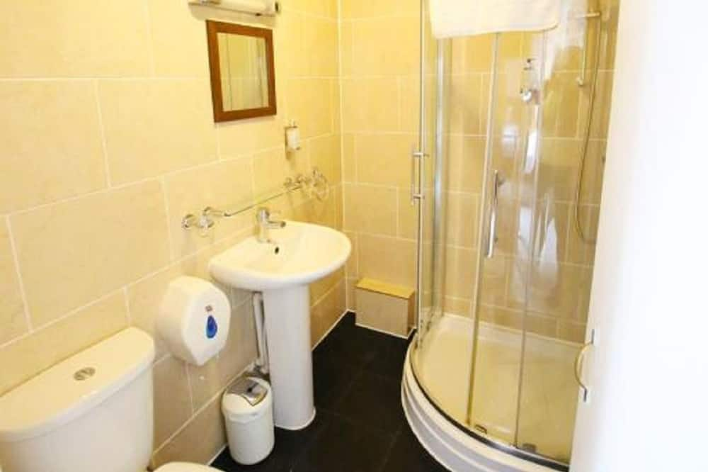 Standard Twin Room, Ensuite - Bathroom