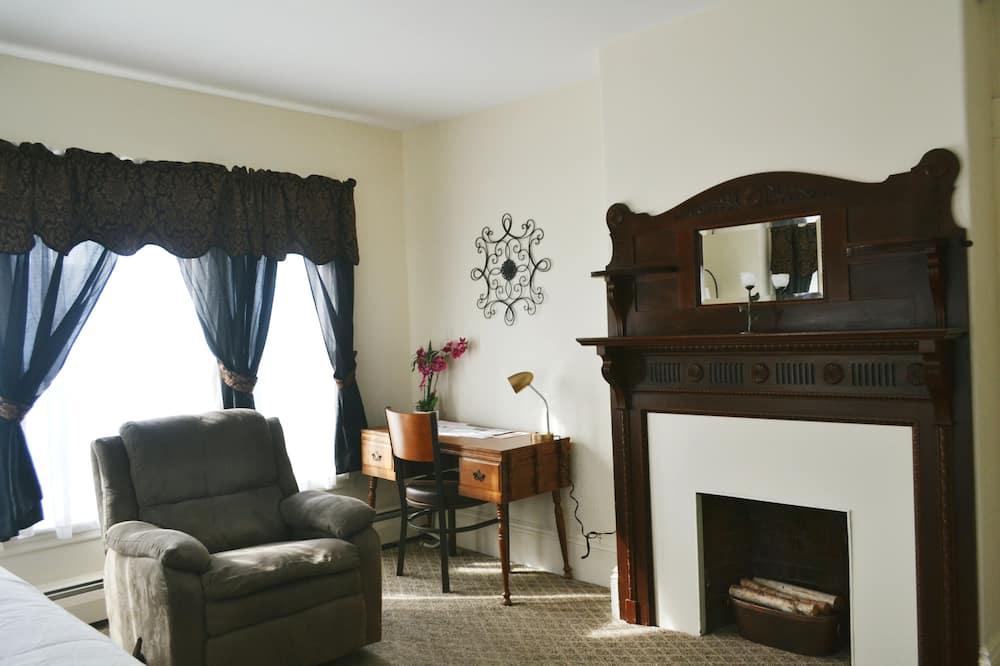 Unit 8 - Living Area