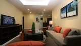 Choose this Apart-hotel in Bangkok - Online Room Reservations