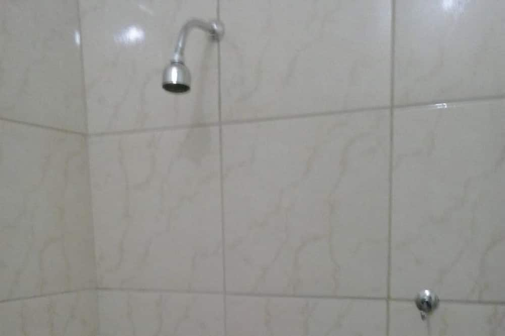 ห้องสแตนดาร์ดทวิน - ห้องอาบน้ำ