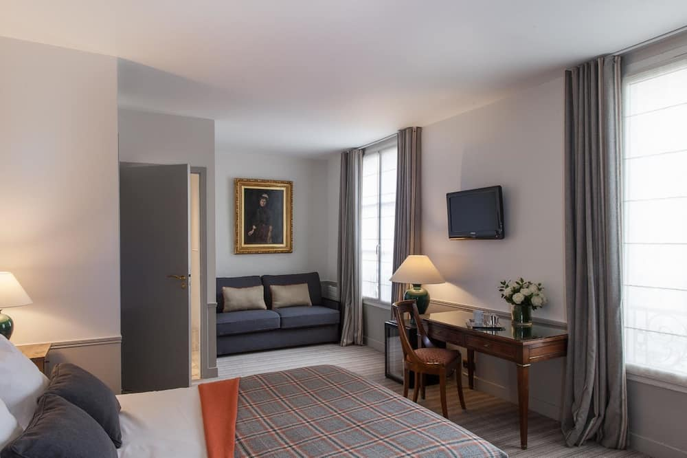 Deluxe Family Room - Guest Room