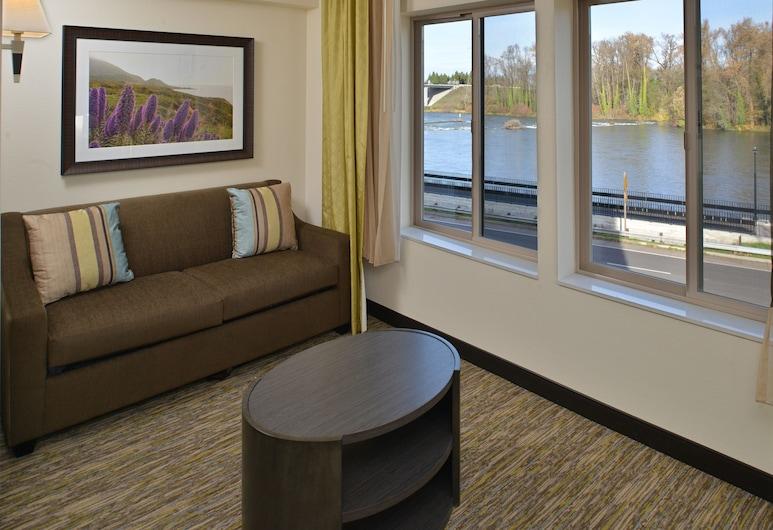 Candlewood Suites Eugene Springfield, an IHG Hotel, יוג'ין, סוויטת סטודיו דה-לוקס, מיטת קינג, ללא עישון, נוף, חדר אורחים