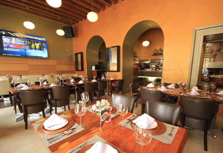 Hotel Ciudad Real Centro Histórico, San Cristobal de las Casas, Hotellbar